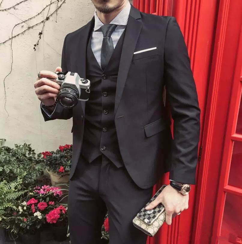 Nuovi abiti neri personalizzati aderenti per uomo Smoking da sposa Abiti da sposo (giacca + pantaloni + gilet) Blazer da indossare di promenade d'affari 482
