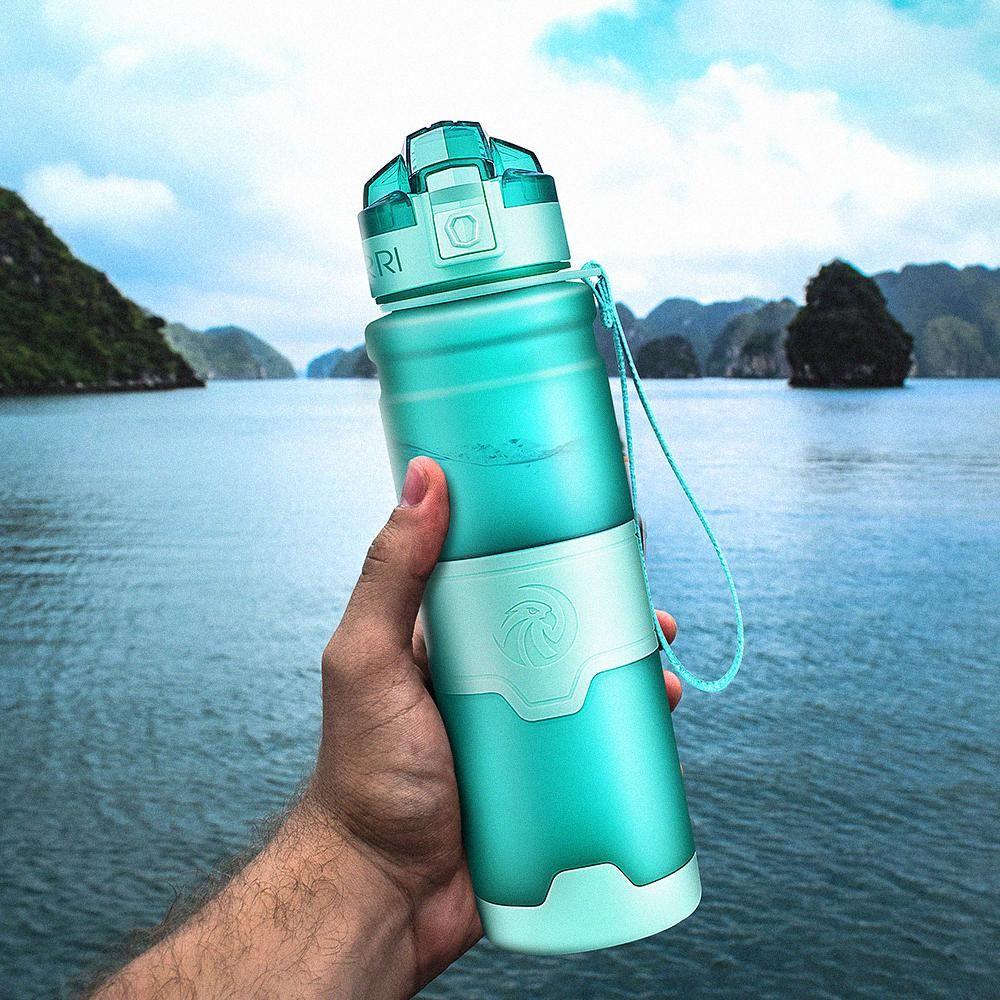 Botella para el agua Proteína Shaker portátil botella de agua en movimiento de deportes de plástico libre de BPA para los deportes que acampa yendo Gourde