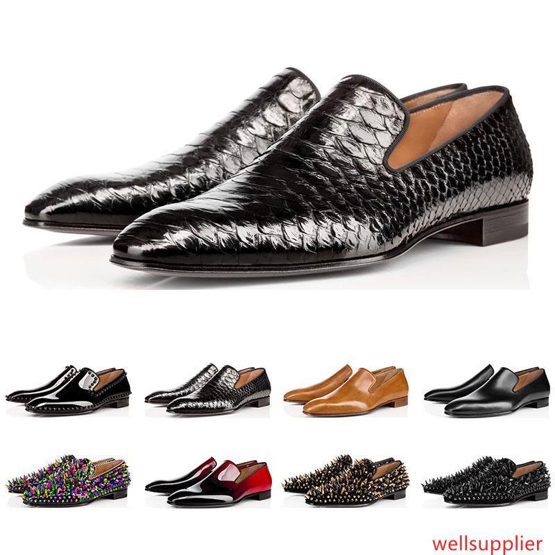 2019 Hot designer de moda mens sapatos mocassins preto spike vermelho couro envernizado deslizamento na sapata de vestido de casamento apartamentos fundos para partido do negócio