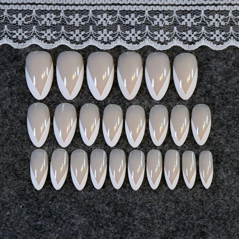 Beige Poited Falsche Nägel Sweet White French Tips Acryl Finger Dekoration Z208