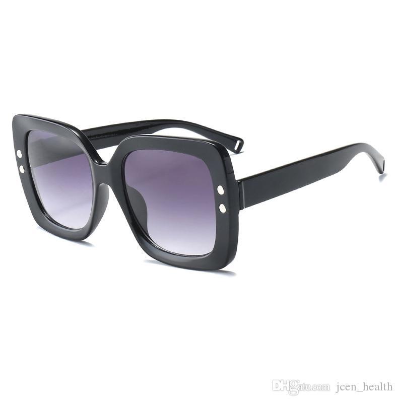 2019 النظارات الشمسية الرجعية الأزياء المستطيل للنساء إطار كامل واضحة كبيرة الحجم عدسة Adumbral حملق نظارات الرياضة في الهواء الطلق نظارات الشمس