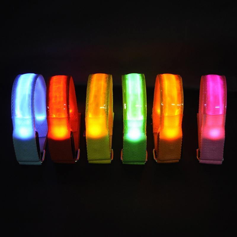 Outdoor Bracelet Sports Night Correndo Aviso Armband Led luz de segurança Arm Belt Perna Partido da bicicleta Ciclismo Pulseira