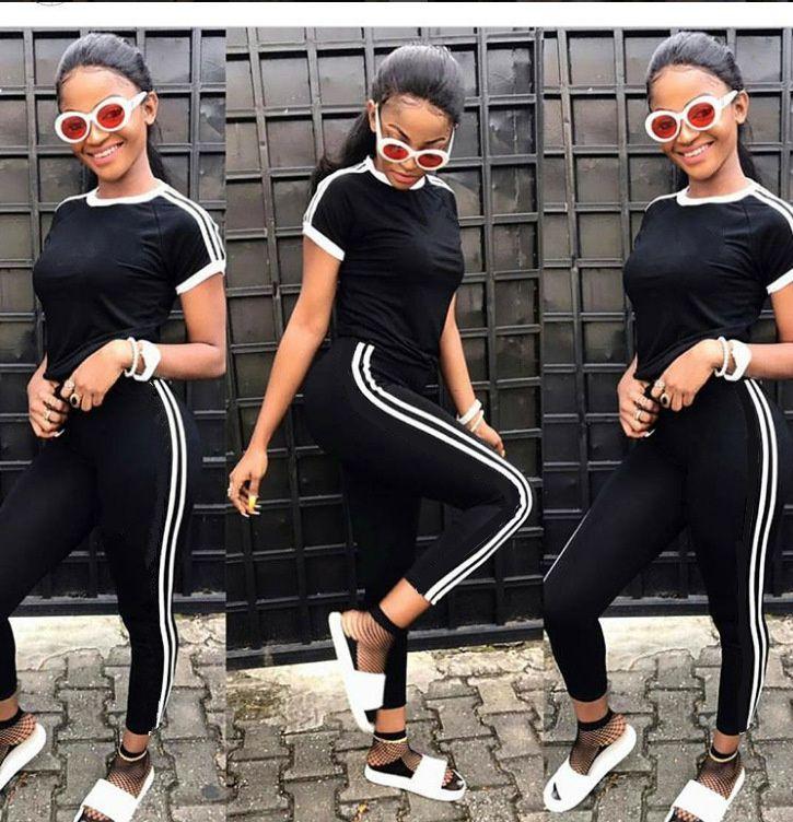 Hot Sale Women Sport Tracksuit T-shirt + Pants 2 Piece Woman Set Outfit Solid Color Hollow Out Womens Sweatsuits Sweat Suits 2018 Clothes