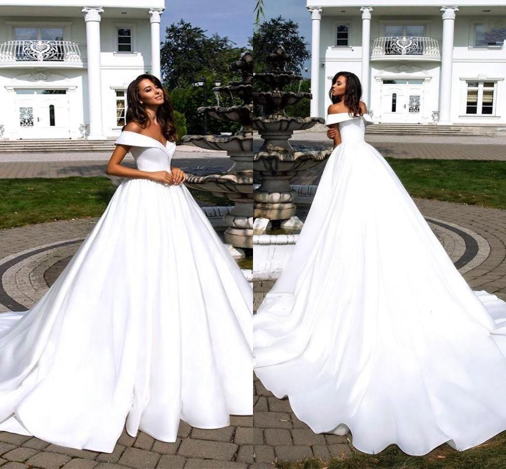 Summer Garden Boho Wedding Dresses 2020 Simple Designed Off the Shoulder Satin Backless Bridal Gowns Plus Size Robe De Mariee Cheap