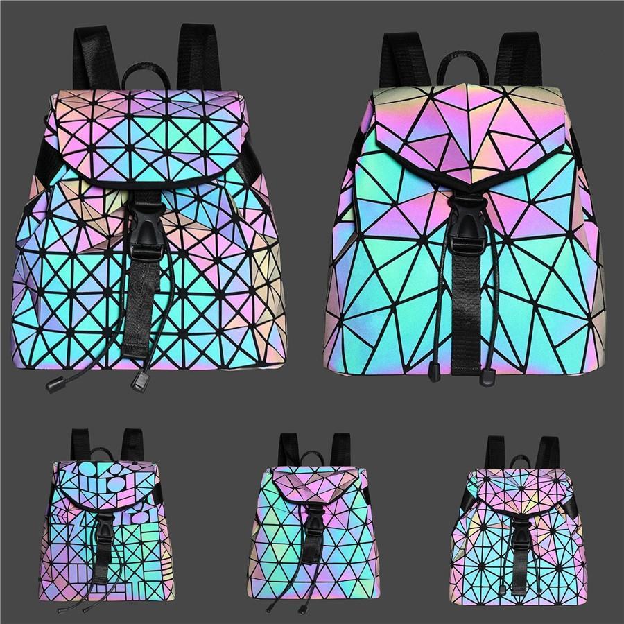 Рюкзак рюкзак # 216 Duffle Геометрические пакеты Сумка сцепления Хороший дизайнер PU светящаяся сумка 2020 люкс путешествия нового дизайнера качества GJIAP