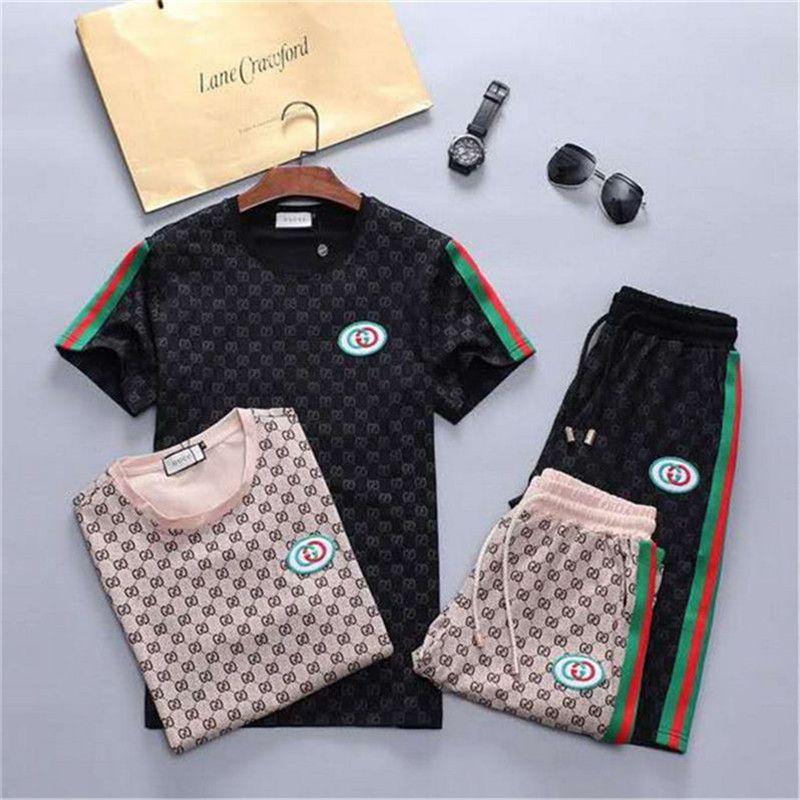 Abiti di alta qualità Set Hip Hop Designer Tuta uomini di lusso Abiti breve estate di marca Mens Jogger Tshirt + pantaloni di scarsità di Set Sporting Suit