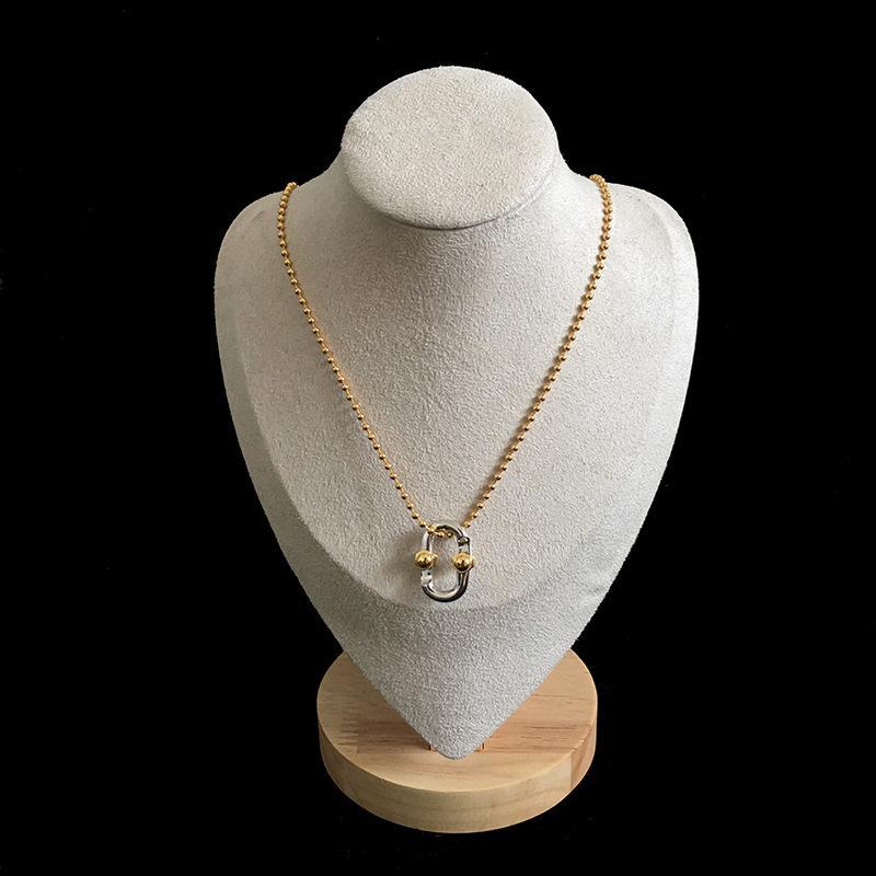 2020 bijoux collier de mode collier étoile même chaîne pendentif assorti couleur en Europe et en Amérique glacÉ chaînes collier design