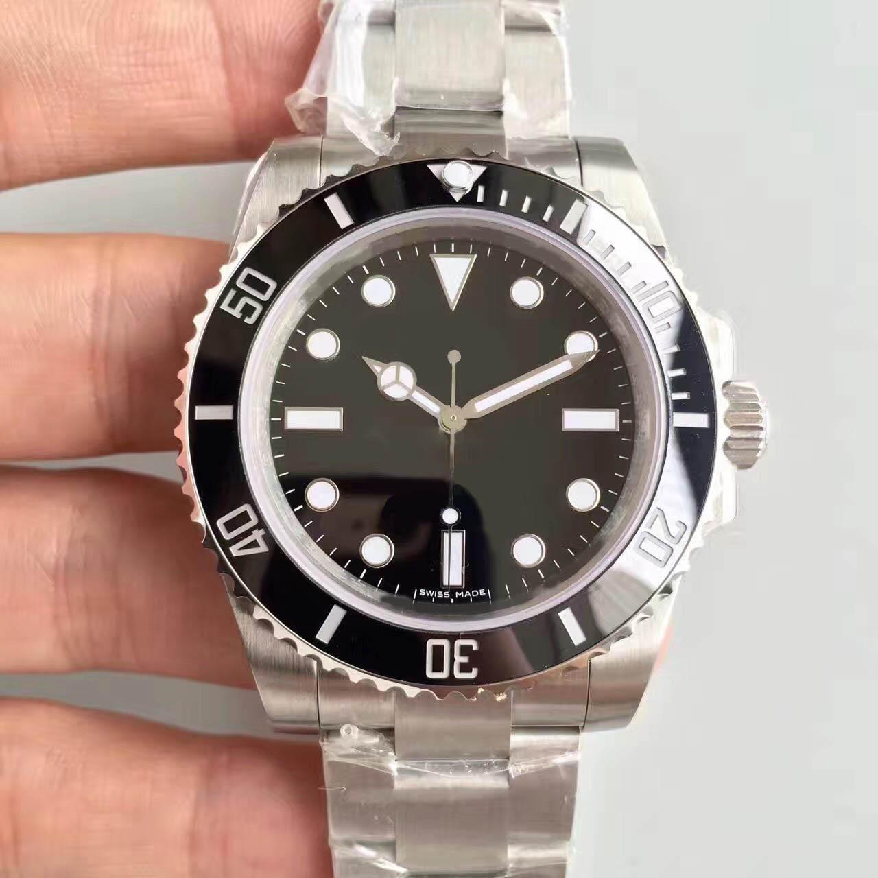 고급 남성은 NO 날짜 114060 시리즈 40MM 세라믹 링 클래식 블랙 SUB 시계 오토매틱 무브먼트 남자는 사파이어 유리를보고 시계