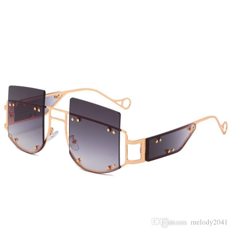 2020 Large Alloy Rivet Square Sunglasses Men Trendy Sun Glasses Retro Women Alloy Sunglasses 5 Colors Wholesale