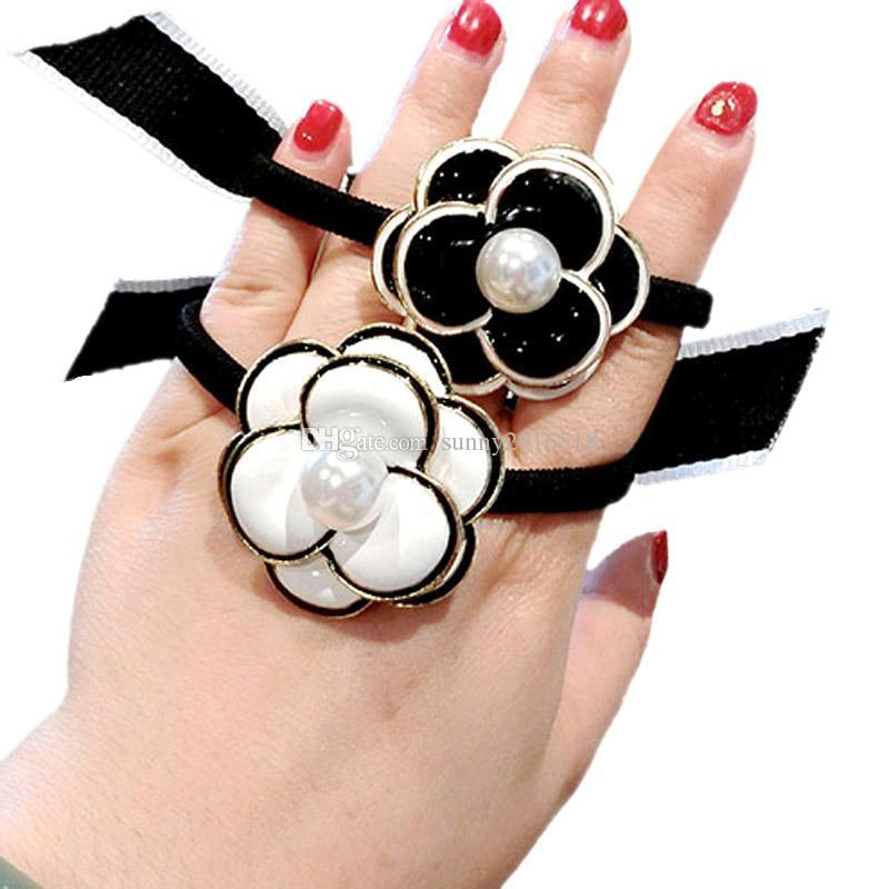 Bandes émail noir fleur blanche Camellia élastique cheveux Bow Ties cheveux imitation de perles Femmes Mode Holder Accessoires Ponytail cheveux
