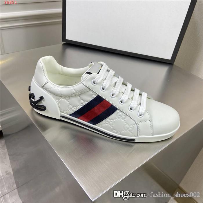 Mens multi-color de los cordones de zapatos ocasionales de los deportes de alivio 3D deportes de moda los zapatos corrientes de la zapatilla de deporte plana con la caja original