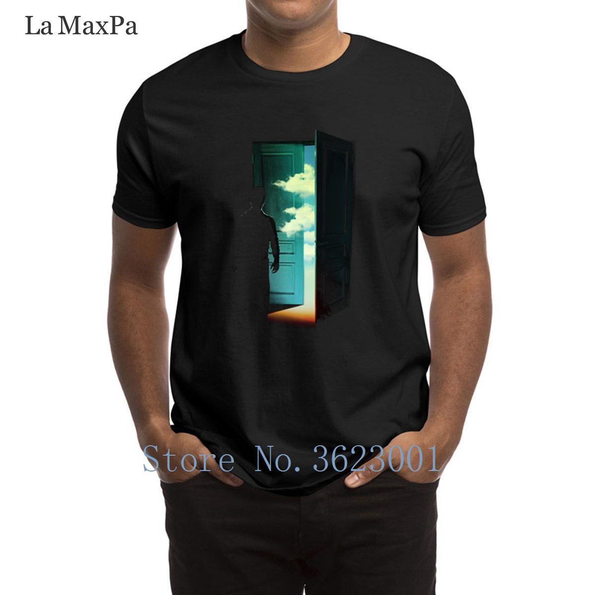 Fantastico T-shirt da uomo porta al mondo maglietta Slogan Tee Abbigliamento uomo camicia di modo 100% cotone Tshirt Uomo Tee Tops