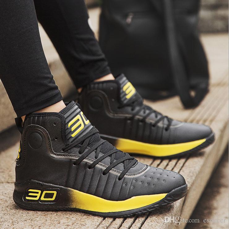 Hommes Marque Designer Fashion Bottes Sneakers Noir Blanc Jaune Chaussures à lacets de haute qualité Basketball Chaussures Formateurs Sports de plein air
