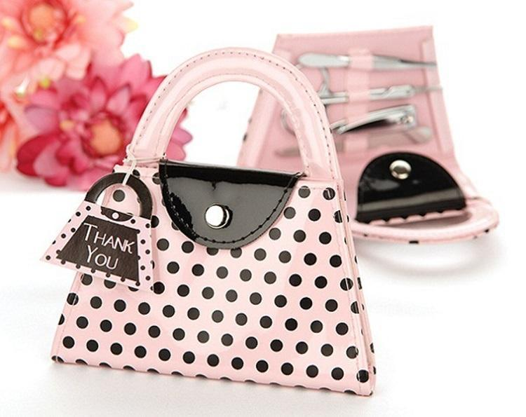 nail art kit, hot Pink Polka Dot Purse Manicure Set, nail cutter, nail trimmer, wedding gift favor bridal shower wen4595