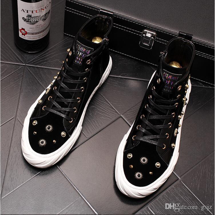 Nuovi uomini di lusso di arrivo Scarpe casual più vendute Estate Autunno Uomo Rivetto Calzature stringate Sneakers nere maschili J33