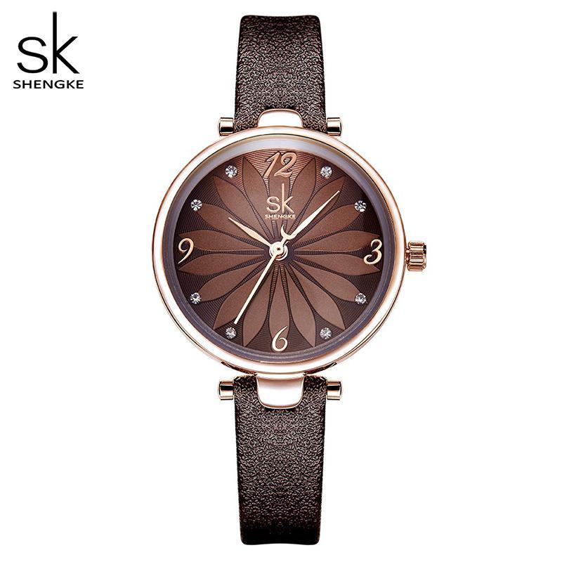 Shengke кожа Часы цветов набора женщин кварцевые наручные часы кварцевые аналоговые часы Женщины Повседневная Женские часы Часы Mujer