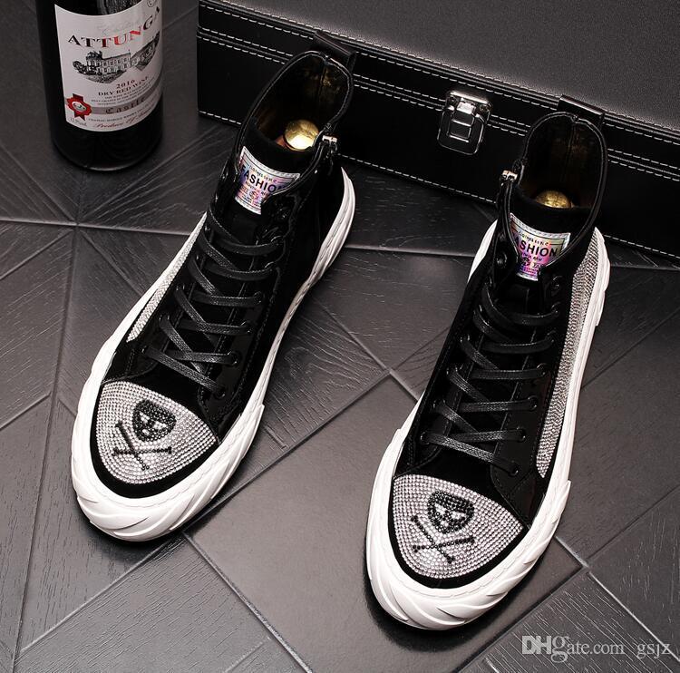 Stivaletti con borchie da uomo con plateau stile Spike designer Uomo glitter alte scarpe basse scarpe da skateboard Scarpe piatte da sposa per feste J55