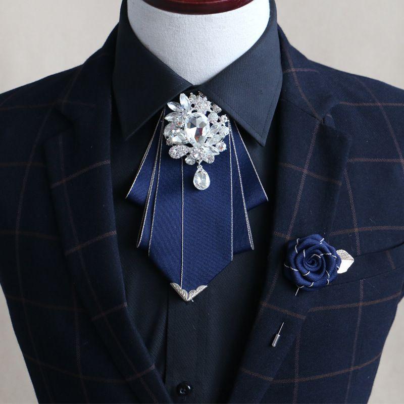 Erkekler Gömlek Elbise Smokin Yaka Papyon Aksesuar Erkekler Bağları Yeni Tasarımcılar Moda Örgün Erkekler Wedding Bow Tie Broş