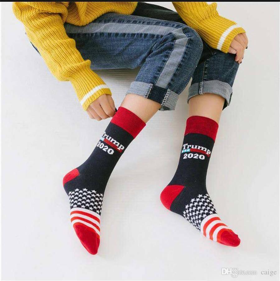 2020 Trump gestreifte Socken Unisex Männer Frauen Strick Socken Präsident Donald Trump Mitte der Wade Happy Cotton Socks