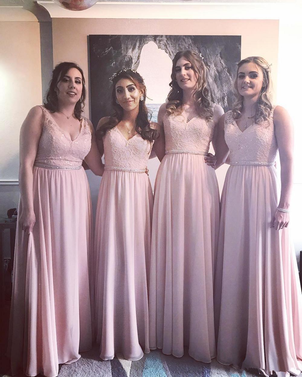 Nuovo V-Collo sexy pizzo A-Line lunghi Bridesmaids abiti senza maniche su ordine della domestica di primavera dei vestiti da onore promenade B21