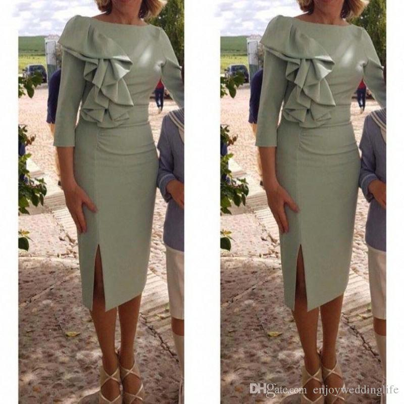 Madre semplici e brevi della Sposa Abiti knee-lunghezza 3/4 maniche Ruffles vestido de madrinha farsali abiti mamma fessura del lato