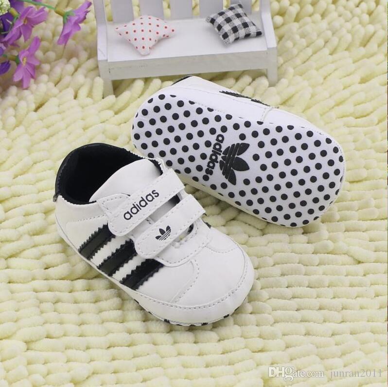 Baby-Schuh-Quasten PU-Leder wasserdichte Baby Schuhe Newborn Mokassin Weiche Infants Prewalker weiß