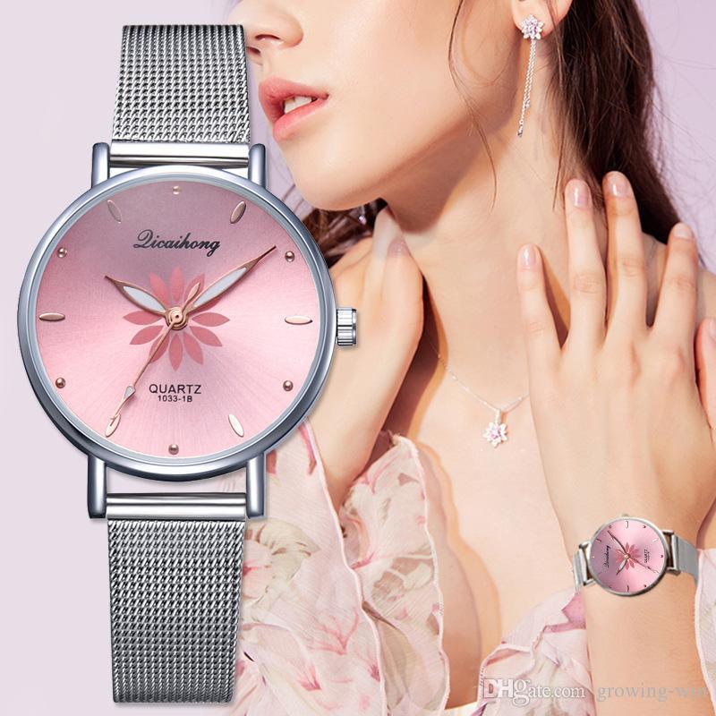 Art und Weise kleine Damen-Legierung Blumendruck einfache Weiseuhrgroßverkauf Dame weibliche Frauen kleiden Quarz Freizeit-Parteigeschenk Armbanduhr Netz