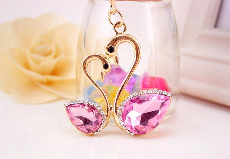 5 couleurs élégantes Porte-clés Swan - Bague romantique cristal strass Porte-clé Faveurs de mariage - Femmes sac à main de bourse charme Pendentif bijoux