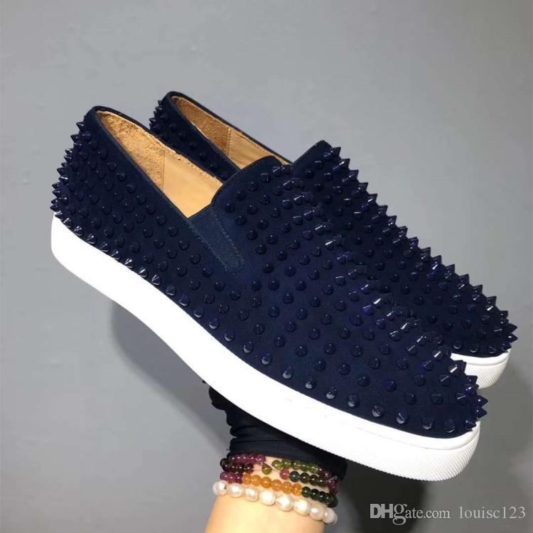 Mocasines rojos de la nueva marca Famoso diseñador de gamuza azul con borlas Spikes Zapatos de vestir con tachuelas para hombre zapatos casuales