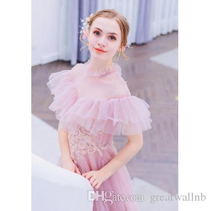 Geben Sie hellrosa gekräuselten Kragenstickereikleid-Mittelalterkleid-Renaissancekleid Sissi Prinzessin Victorian / Marie Belle Ball des Schiffs frei