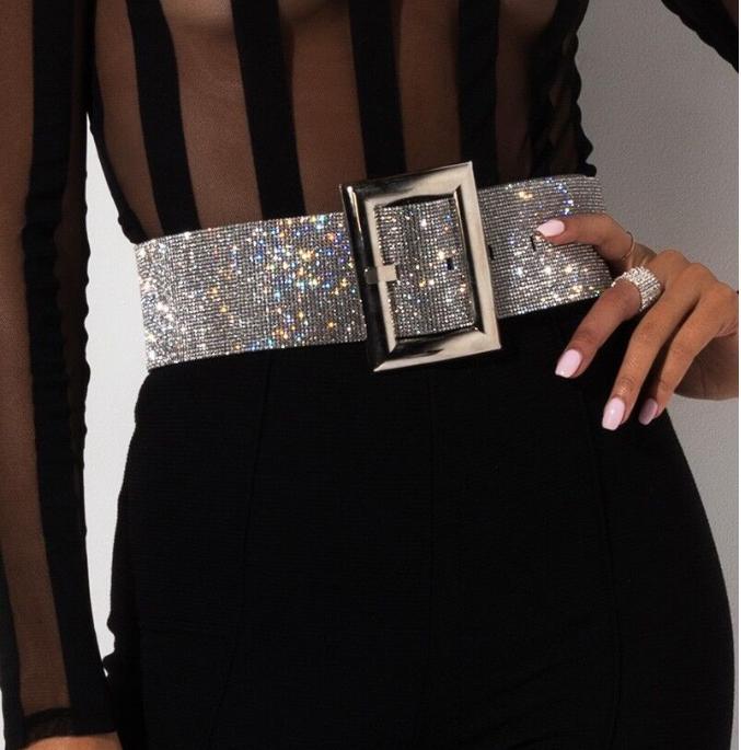 New Arrivals com prazos de validade Big Vendas mulheres verão moda Designers Belt performances cinto cadeia de cintura diamante de flash boate frete grátis