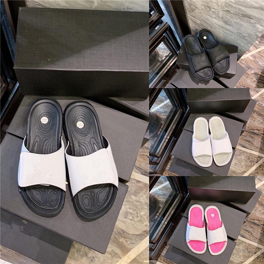 Ozersk 2020 New Men Confortável Virar Chinelos Verão Flops Chinelos Homens Outdoor Praia casuais de alta qualidade Male Chinelos Shoes # 551