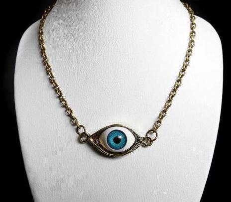 Collar gótico caliente del demonio de ojos colgante del bronce punky del encanto del ahogador Collares Cadena Collares Declaración de regalo para las mujeres 20pcs joyería