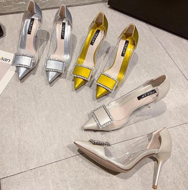 Designer Frauen-Absatzschuhe kleine frische sexy Stiletto-Kleid-Schuhe Slip-On 9 cm spitzen Zehen Dame Partei einzelne Schuhe Sommer mit Kasten