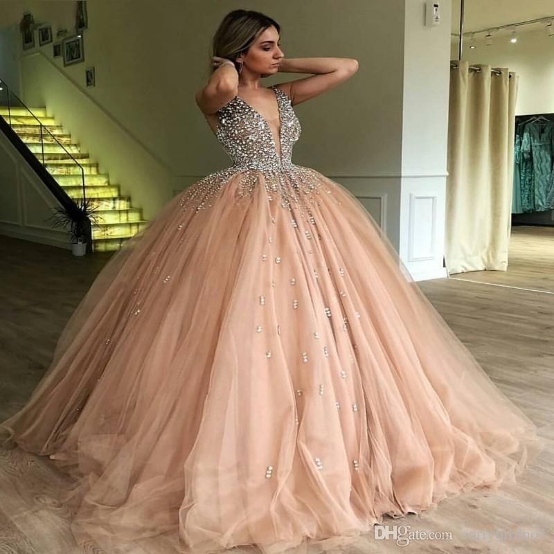 Champagne Tulle Ball Gown Quinceanera Dress 2019 Elegant Heavy Beaded Crystal Deep V Neck Sweet 16 Dresses Evening Prom Gowns BC0971