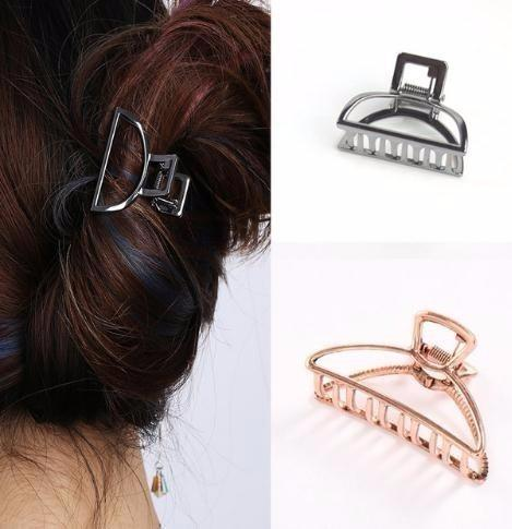 Women Geometric Hair Claw Solid Color Hair Crab Retro Moon Shape Pearl Clips Make Up Hair Accessories Large Size Hairpin