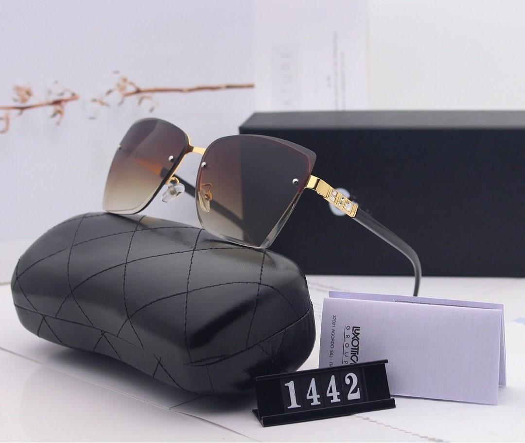 Un elegante azionamenti donna un paio di occhiali da sole ad alta definizione big-telaio con polaroid hd resina lenti 1442