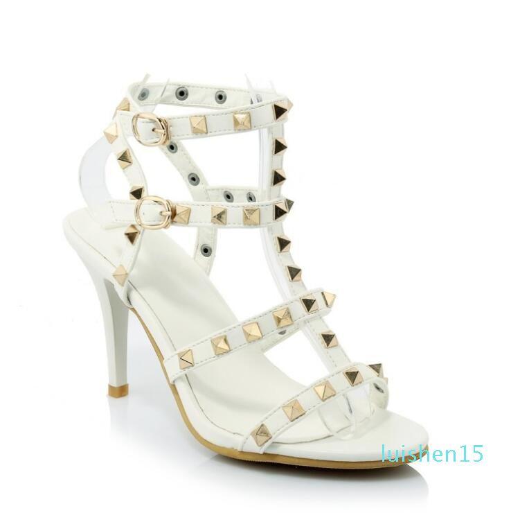 2018 Marke designer Mode hohe Qualität 5 cm Schnalle High heel Frauen Schuhe spitz Nieten Damen sandalia feminina l15