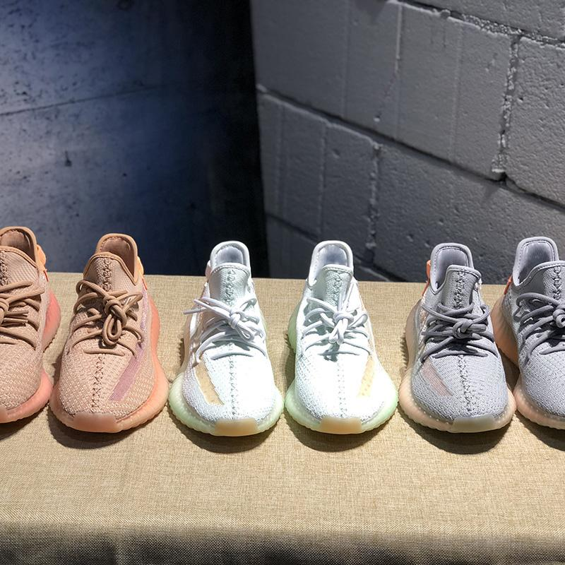 Nuovo Yeezreel Yecheil Nero Statico 3M Reflective Kanye West Uomini Sneakers Gid Glow True Form Argilla Burro donne scarpe da basket con la scatola