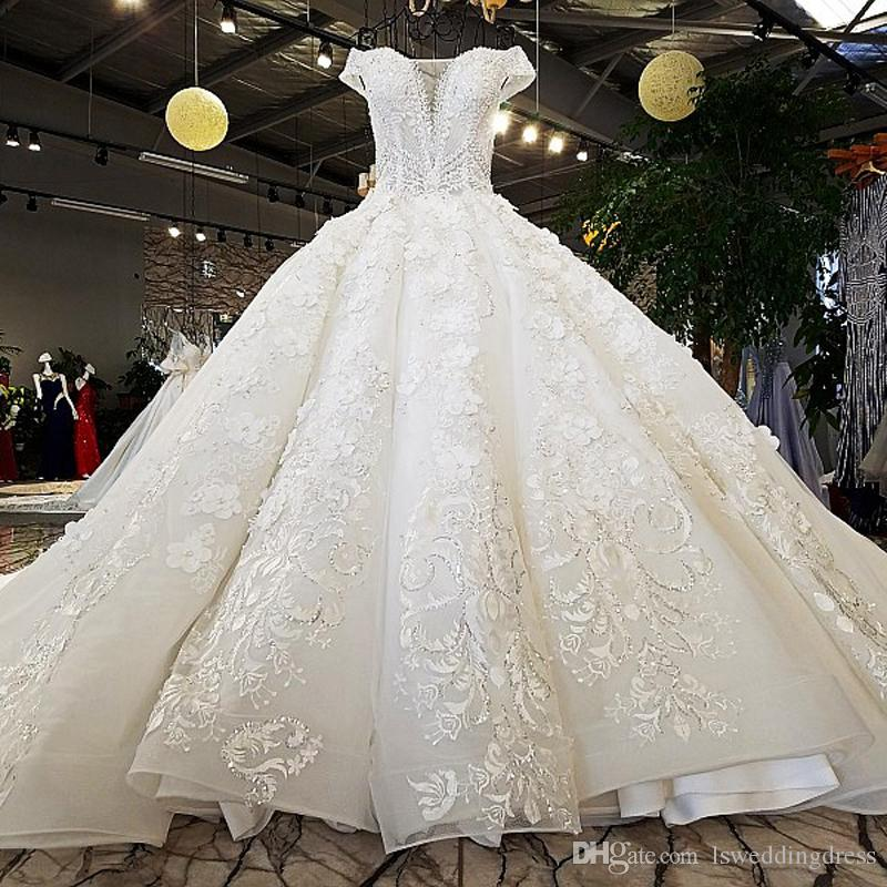 Lace V-Neck Ball Gown Wedding Dresses Ivory And Champagne Off The Shoulder Sweetheart Up Wedding Gowns Long Train Beaded Bridal Dress 2019