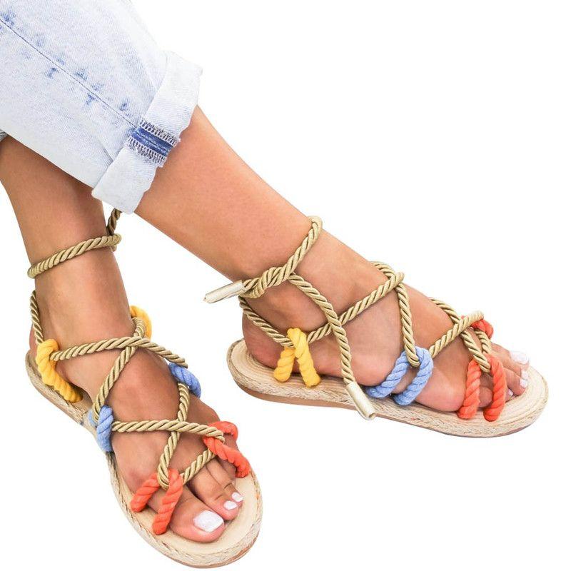 Roma Mulheres Sapatos Chinelos de Verão Corda de Cânhamo Rendas Plana Lace Up-amarrado Chinelos Sandálias Femininas Chaussures Femme Aberto Do Dedo Do Pé Sandálias Femininas