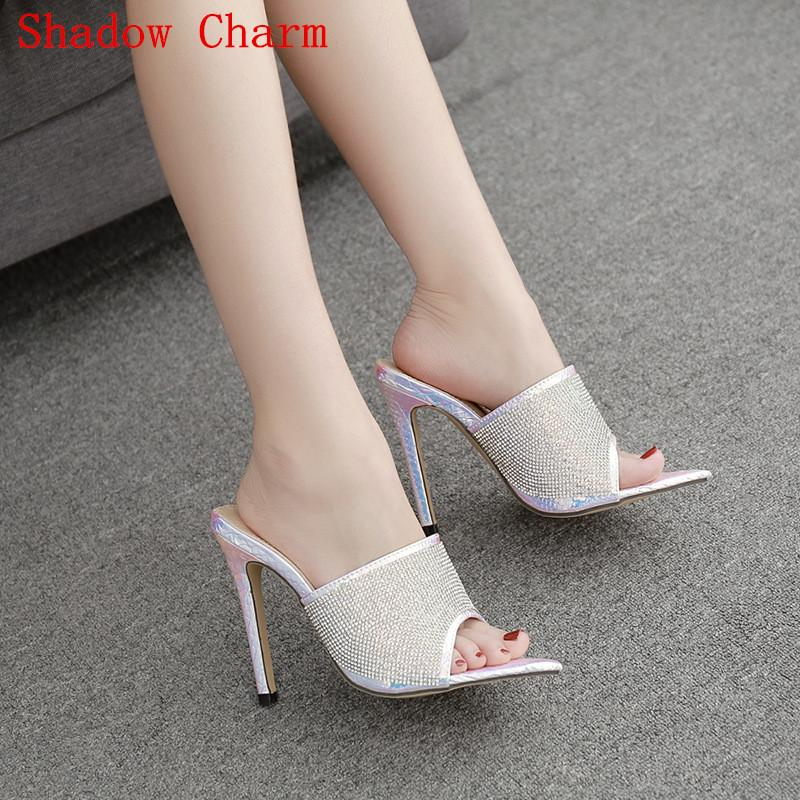 Mulheres sapatos de verão novo salto alto altos chinelos cor prata diamante boca de peixe cabeça quadrada strass chinelos femininos