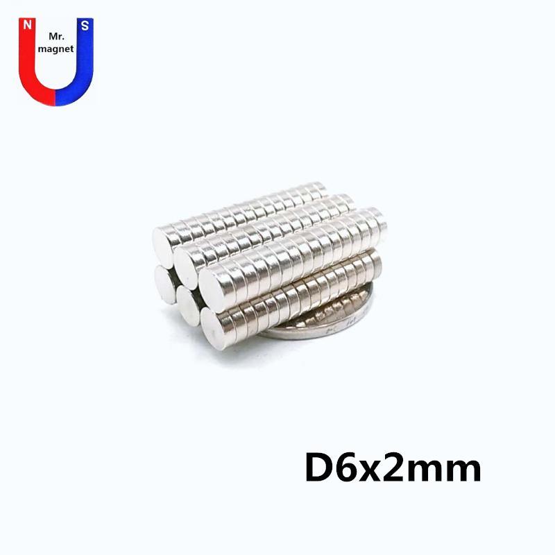 Artcraft D6x2mm nadir toprak mıknatıs 6mmx2mm 6x2mm neodim mıknatıslar 6 * 2 ücretsiz gönderim için 300pcs Sıcak satış küçük pirinç 6x2 mıknatıs 6 * 2mm