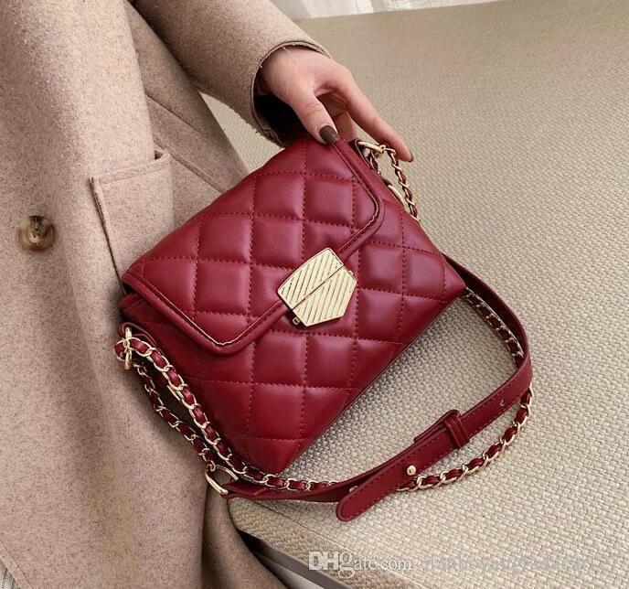 2020 цепи мешок вибрато моды Плагины новый PU женская сумка зима мода небольшой ароматный ромб плечо посланник маленький квадрат пакет