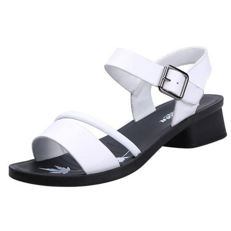 Venda quente 2019 novo verão sapatos abertos mulher antiderrapante resistente ao desgaste confortável sandálias de couro de couro macio sapatos de salto grosso sandálias das mulheres