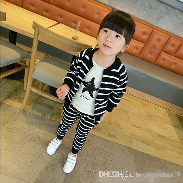 Meninos e meninas Primavera terno e Outono nova listrado do bebê de duas peças terno estilo estrangeira sportswear coreano das crianças