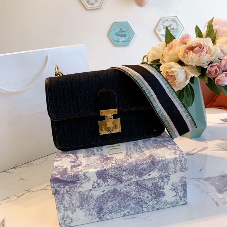 New designer handbags bag high quality universal Cross Body bags shoulder bags Wallets Outdoor leisure bag free shipping