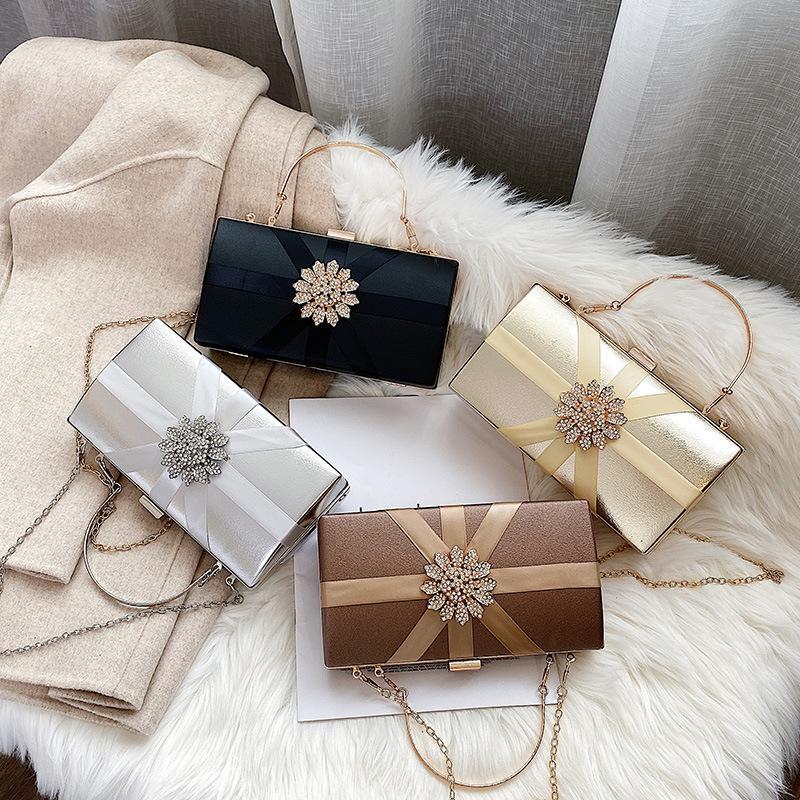 Sac diamant embrayages Parti bourse Femmes Sacs de soirée Sac à bandoulière Messenger Sacs de mariage concepteur chaîne sac noir d'or Nouveau