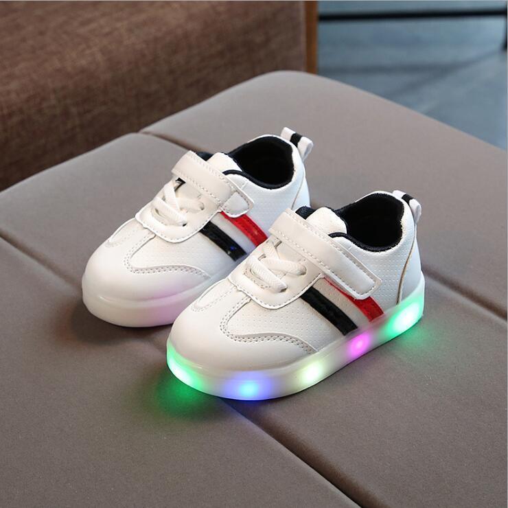 Nova Marca Bonito Respirável Crianças Luz Sapatos de Alta Qualidade Primavera / Outono Meninas Do Bebê Meninos Crianças Moda Infantil Sapatilhas