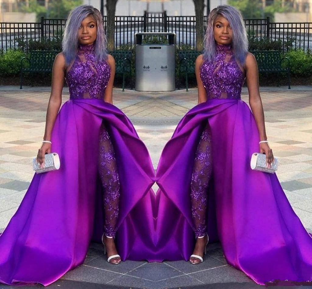 2020 trajes de púrpura Monos largos vestidos de baile clásico Con desmontable de tren de cuello alto de encaje apliques de bolas del partido de tarde de África Vestidos Las mujeres de las bragas